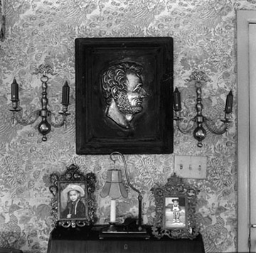 Lincoln Relief, Mervin and Jean Jackson Home, Leesburg, Virginia, 2001