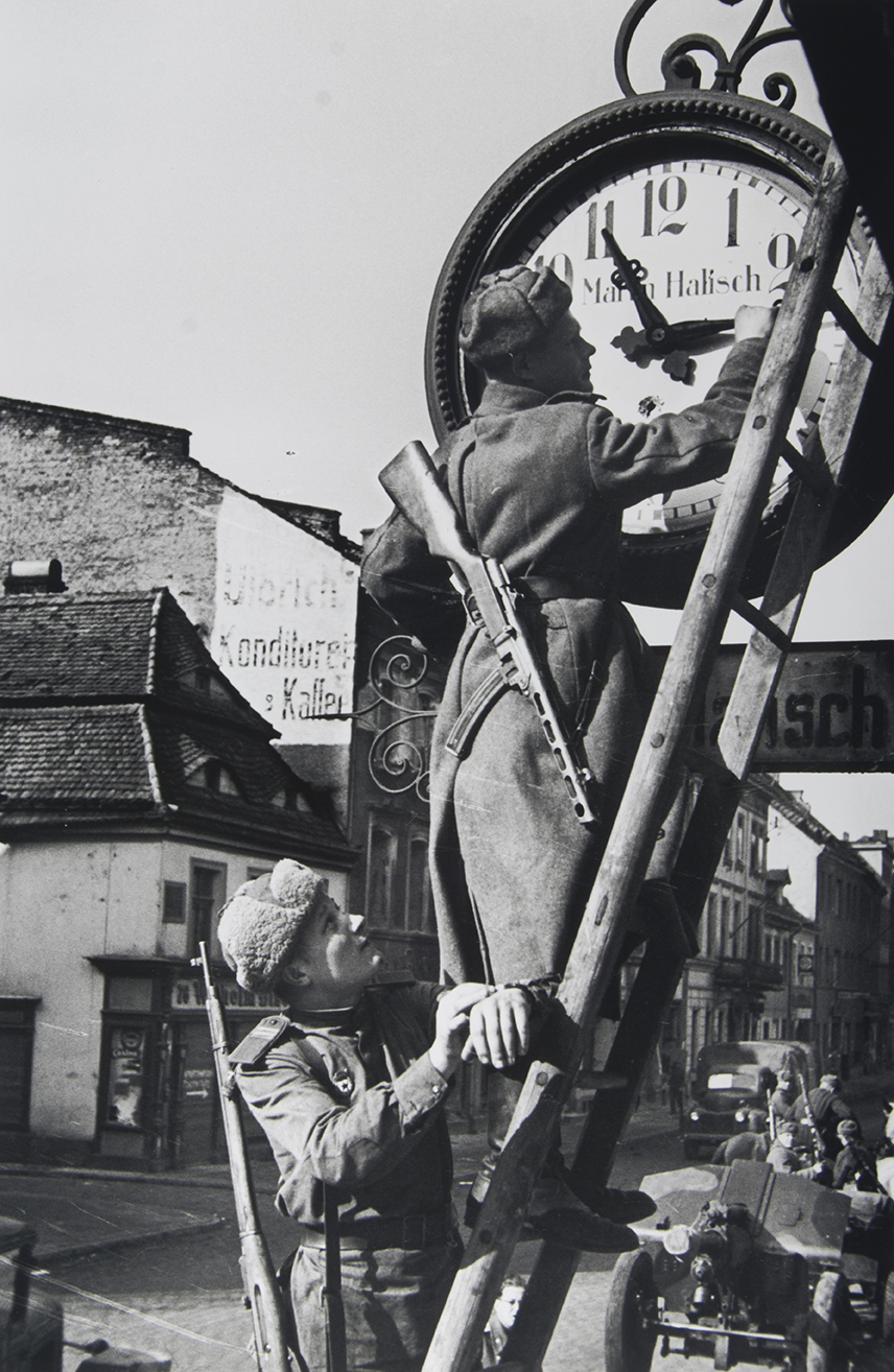 Resetting German Clocks Forward to Moscow Time, May 1945