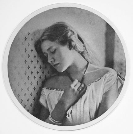 Ellen Terry at 16, from Camera Work, Issue No. 41