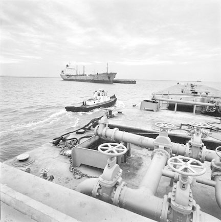 View of the Chippewa, Sun Chemical Tanker form the Des Planes Tug, Pushing Barge at the Mouth of the Calumet River, from Changing Chicago