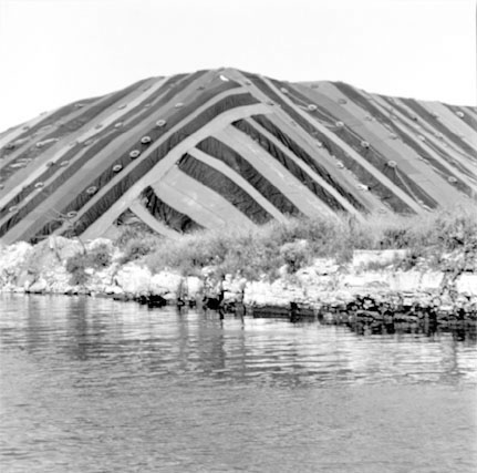 Salt Mountain on Chicago Sanitary and Ship Canal, from Changing Chicago