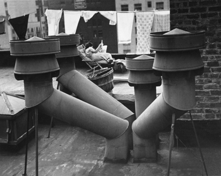 20th St. West (chimneys, laundry line)