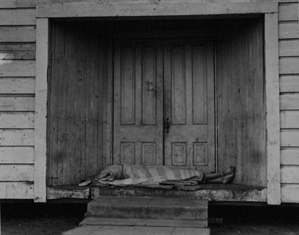 Death in the Doorway. San Joaquin Valley, California