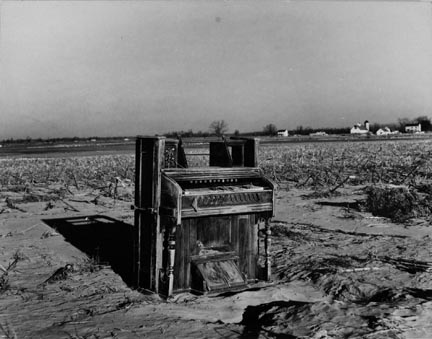 An organ deposited by the flood on a farm near Mount Vernon, Indiana