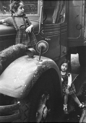 Gypsy Girls on Car