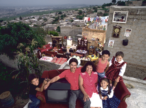 The Castillo Balderas Family, Guadalajara, Mexico, 6:30 p.m., August 28, 1993