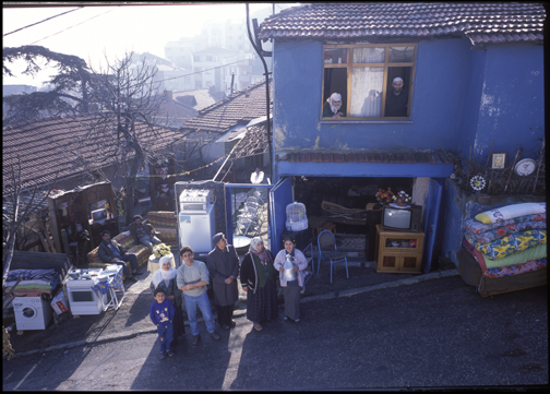 The Cinar Family, Istanbul, Turkey, 2001