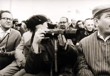 Untitled (Che Taking Photo)