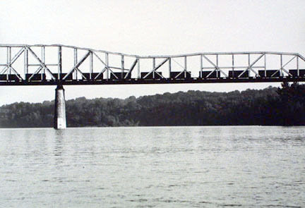 Thebes Bridge, Mississippi River, Thebes, Illinois