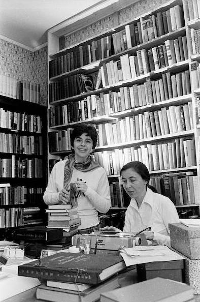 Florence and Sonja Levenger in the early seventies when they were helping the charitable agency, ORT, sell books. They started Titles, Inc. in this study in Sonja's house. They soon rented their first shop on Sheridan Road in Highland Park.