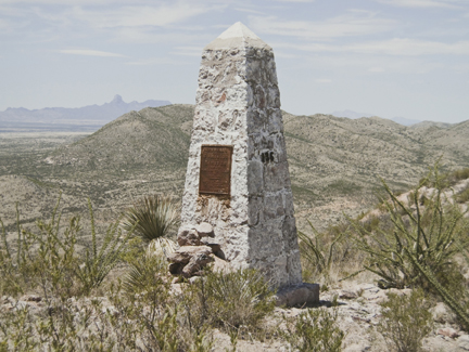 Border Monument No. 136, N 31° 26.575' W 111° 25.169', from the
