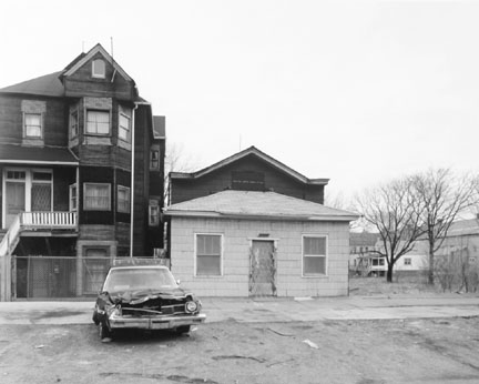 88th Street Between Buffalo and Mackinaw Streets, Chicago, from the Changing Chicago Project